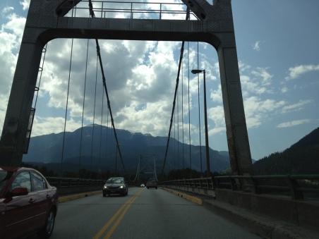 Rivières, montagnes, vallées, cols, lacs, rivières, montagnes, vallées, cols, lacs...